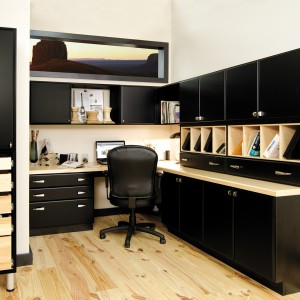 Custom cabinets for home office in Charlotte, NC