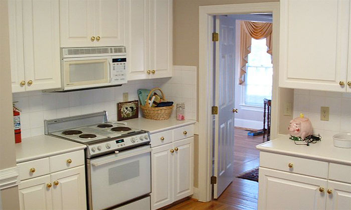 This is a before picture of a kitchen remodel done by Palmer Custom Builders
