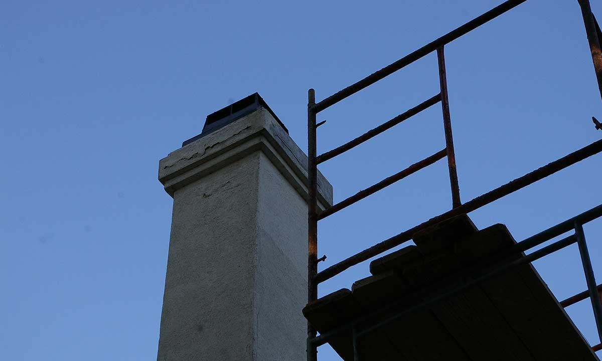 Chimney damage – before repair