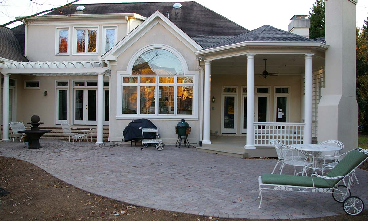 Covered porch and pergola home addition ideas for House with covered porch