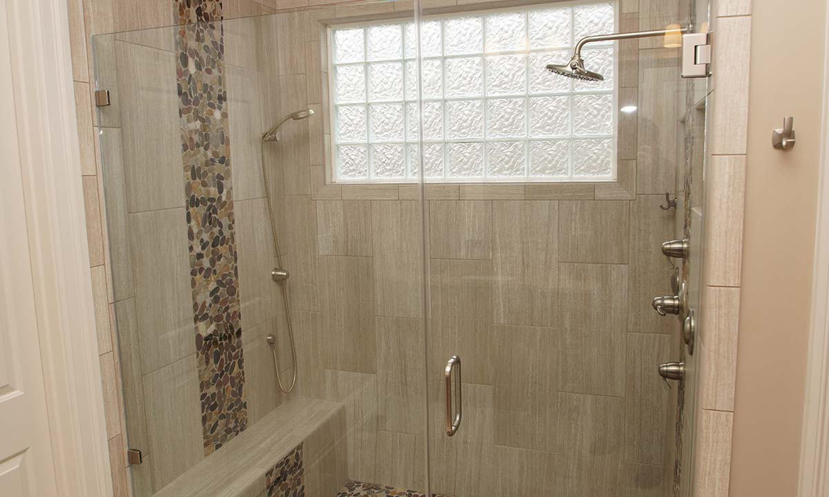 ... New Double Headed Shower With Diffused Glass Block Window ...