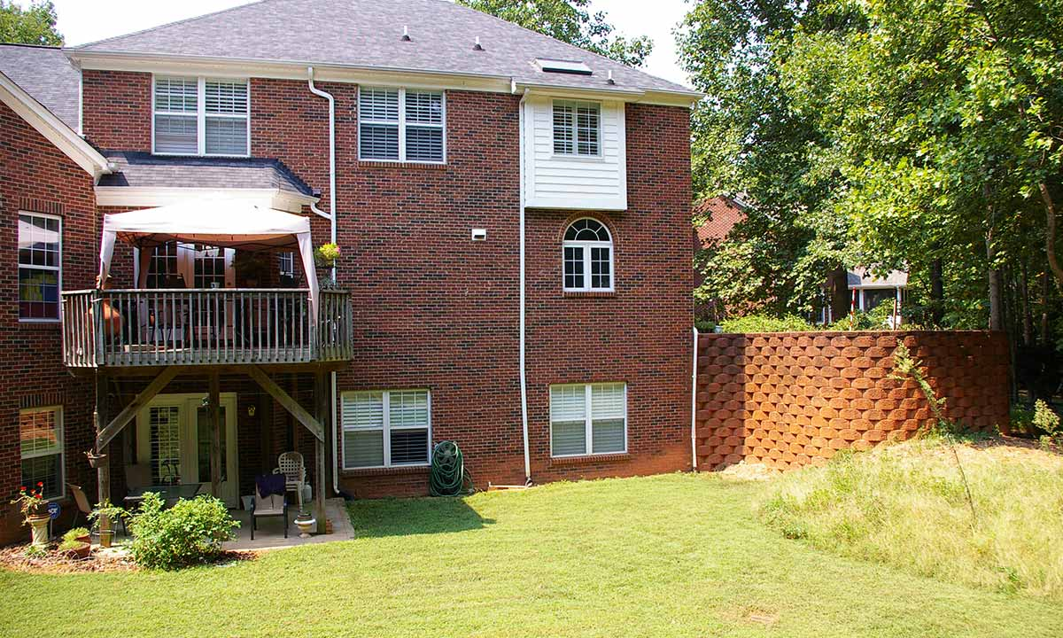 Before deck renovation and screened porch addition