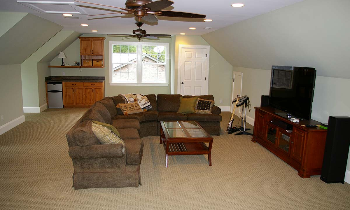 Bonus room builder and home remodeling contractor for Cost of adding a garage and bonus room