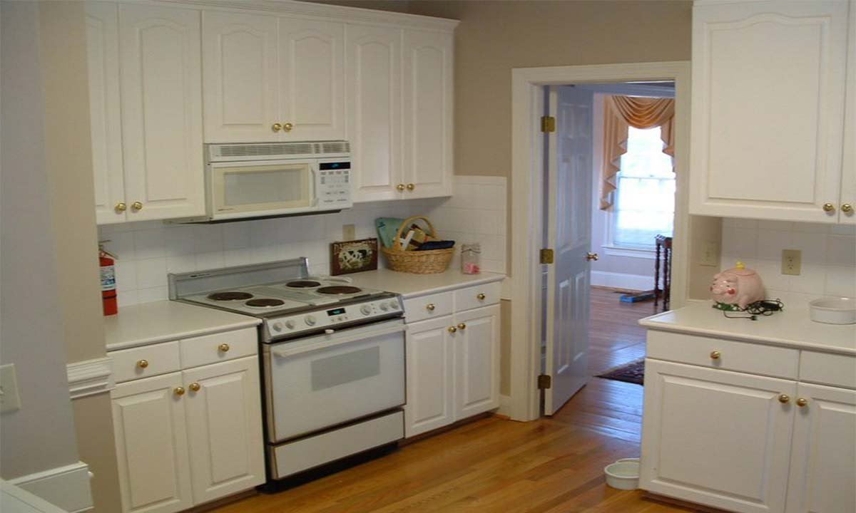Photo shows Charlotte, NC kitchen with saggy floor before renovation