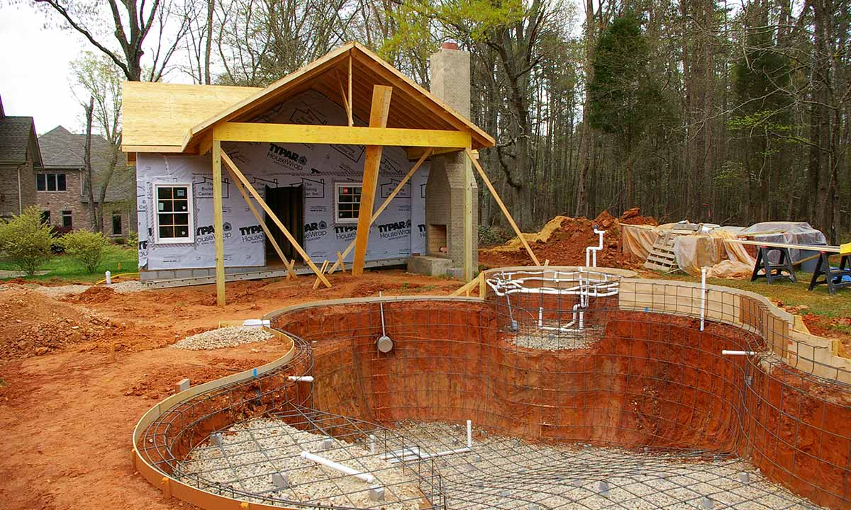 Pool house and pool construction