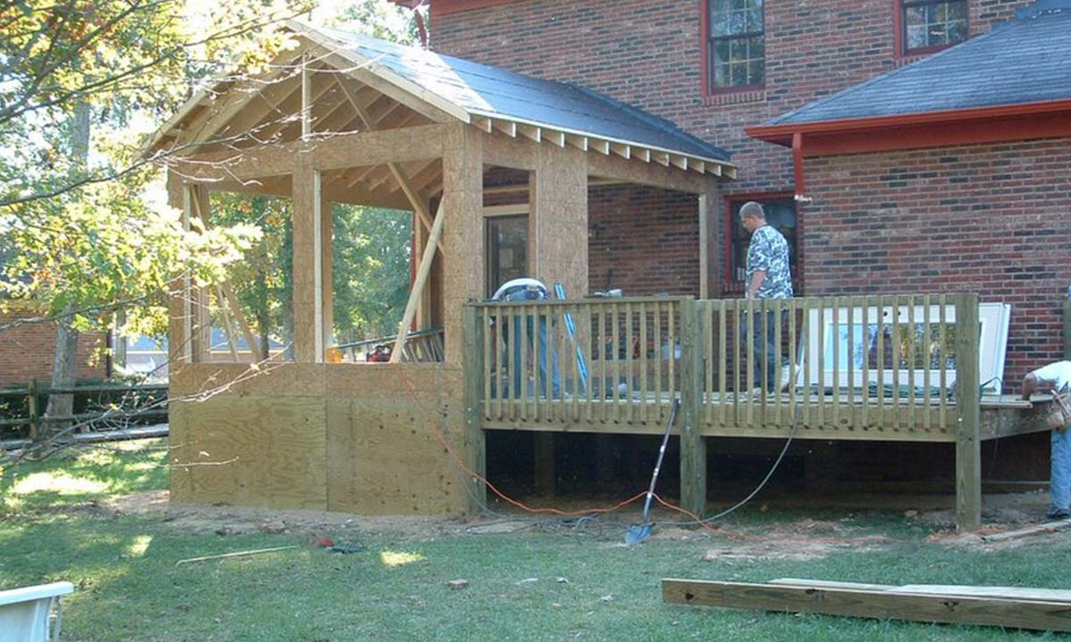 Sunroom addition during construction