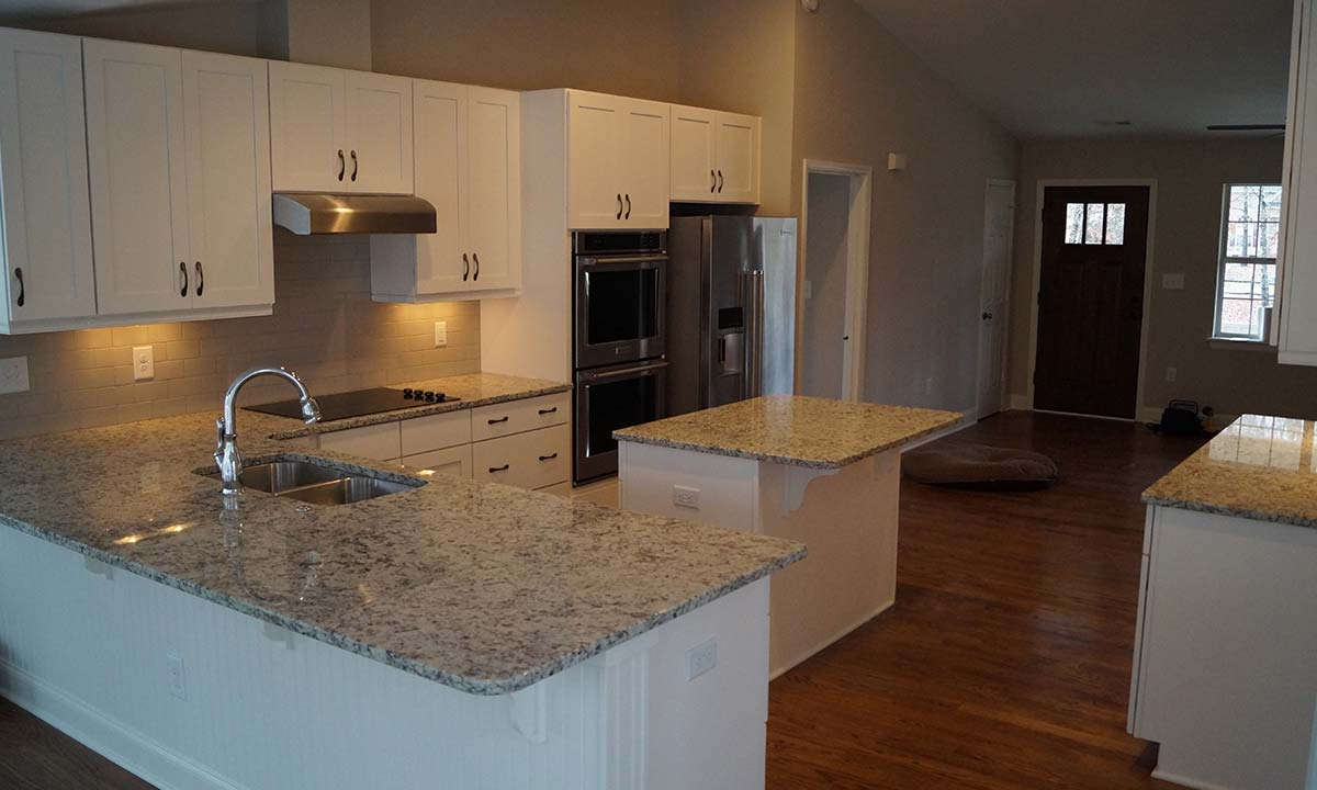 Photo of new kitchen amenities: Shake Style cabinets, granite countertops and stainless steel appliances