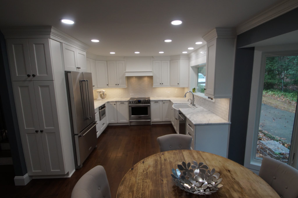 white and gray quartz kitchen remodel